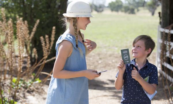 Nature Play Family Activity: Discovery Farm Walk