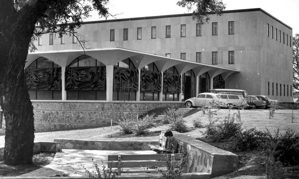 Walk: Mid-century ANU Acton Campus
