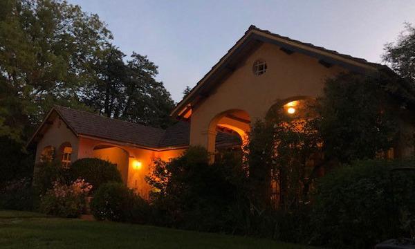 Suburban Apparitions - Magic Lanterns at Calthorpes' House
